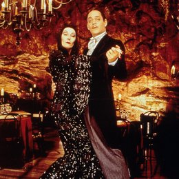 Addams Family in verrückter Tradition, Die / Anjelica Huston / Raul Julia Poster