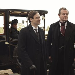 Downton Abbey / Hugh Bonneville / Charlie Cox Poster