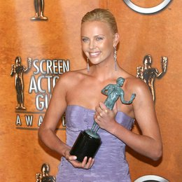Theron, Charlize / 10. Screen Actors Guild Awards 2004 (SAG) in Los Angeles Poster