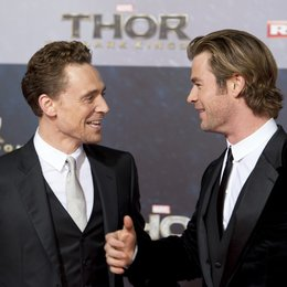 "Tom Hiddleston / Chris Hemsworth / Filmpremiere ""Thor - The Dark Kingdom"" Poster"