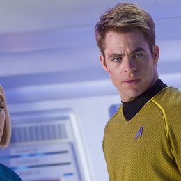 Star Trek Into Darkness / Alice Eve / Chris Pine Poster