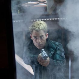 Star Trek Into Darkness / Chris Pine Poster