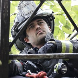 Chicago Fire / Chicago Fire (1. Staffel) / Taylor Kinney Poster