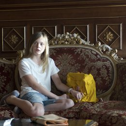 Somewhere / Elle Fanning Poster