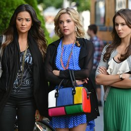 Pretty Little Liars - Die komplette dritte Staffel Poster