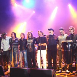 Nick van Eede, Laszlo Bencker, Victor Bailey, Steve Lukather, Peter Maffay, Leslie Mandoki, Al Di Meola, Randy Brecker, Bill Evans, John Helliwell, Chris Thompson (von links): Poster
