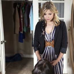 Pretty Little Liars / Pretty Little Liars (01. Staffel, 22 Folgen) / Ashley Benson Poster