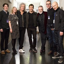 Jack Thomson (Marketing Manager Universal Music Group - UMG), Chris Dwyer (Senior Director Marketing UMG), Brian May (Queen), Frank Briegmann, Roger Taylor (Queen), Michael Kucharski, Moritz Trapp (v.l.) Poster