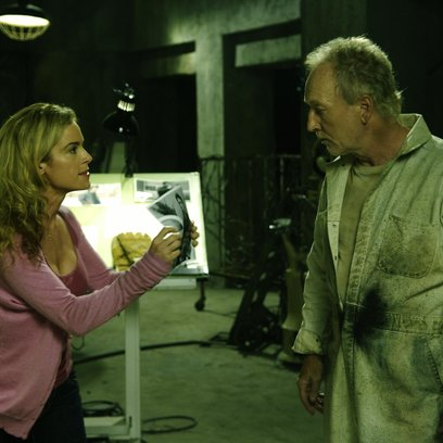 Saw IV / Saw 4 / Betsy Russell / Tobin Bell Poster