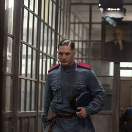 "Kind 44 / Tom Hardy als Leo Demidov in ""Child 44"". Poster"