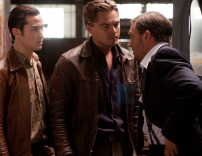 "Neben Leonardo DiCaprio und Joseph Gordon-Levitt in ""Inception"" © Warner Bros. Pictures Germany"