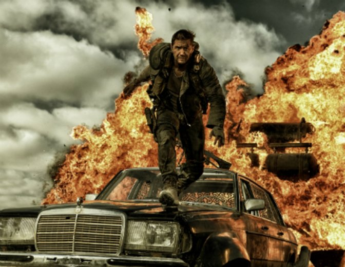 "Tom Hardy als Titel- & Actionheld in ""Mad Max: Fury Road"" © Warner"