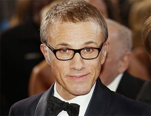 "Christoph Waltz vs. ""Tarzan"""
