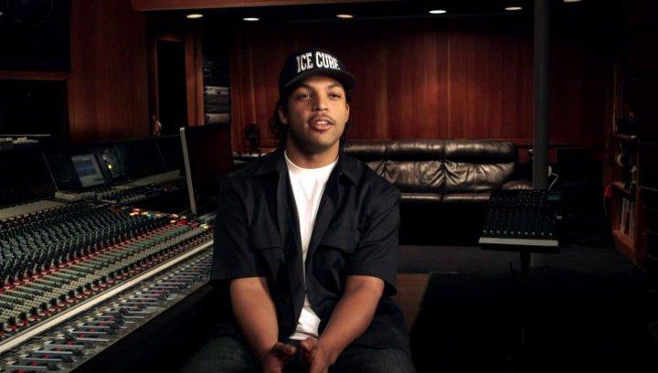 O Shea Jackson Jr über seine Vorbereitungen um Ice Cube darzustellen - OV-Interview Poster
