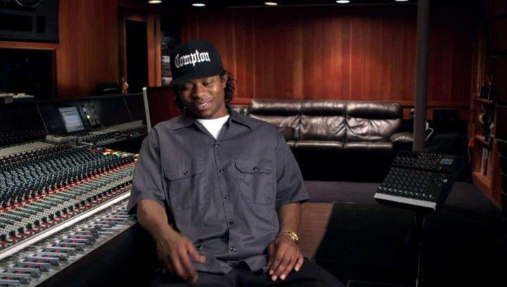 Jason Mitchell über die Zusammenarbeit mit Corey Hawkins und die Darstellung von Dre und Eazy - OV-Interview Poster