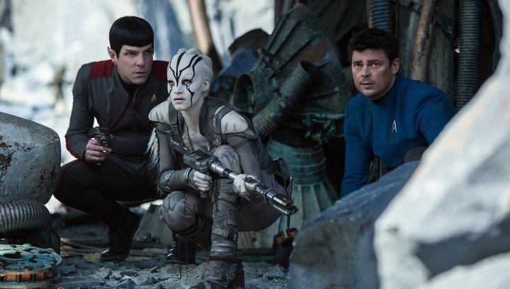 Star Trek Beyond - Trailer Poster