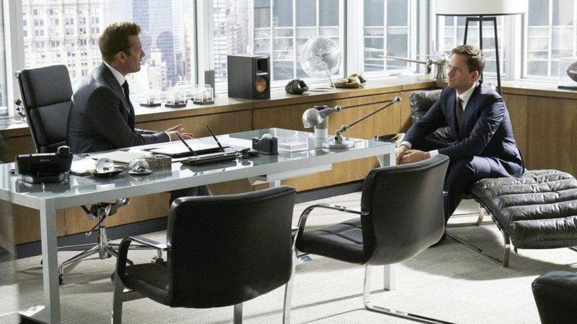 """Kanzleinamen in """"Suits"""": Wie heißen die Kanzleien?"""