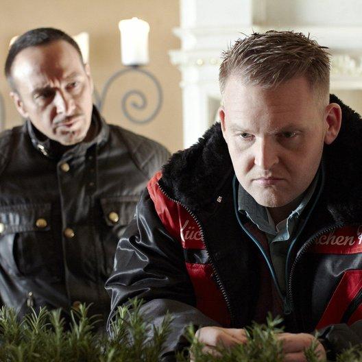Alarm für Cobra 11 - Die Autobahnpolizei (19. Drehstaffel, 8 Folgen) (RTL) / Erdogan Atalay / Axel Stein Poster