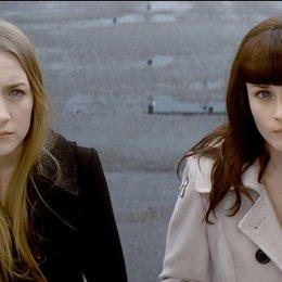 Violet & Daisy / Saoirse Ronan / Alexis Bledel Poster