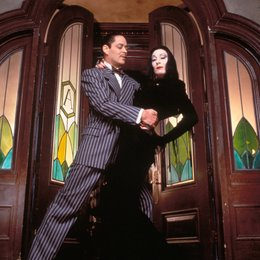 Addams Family, The / Anjelica Huston / Raul Julia Poster