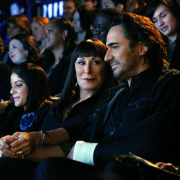Smash / Thorsten Kaye / Anjelica Huston Poster