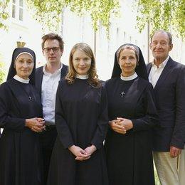 Utta Danella: Eine Nonne zum Verlieben (ARD) / Michaela May / Michael Mendl / Anna Brüggemann / Eleonore Weisgerber / Max von Pufendorf / Johannes Zirner / Wilfried Klaus Poster