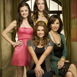 Privileged / Ashley Newbrough / JoAnna Garcia / Anne Archer / Lucy Hale Poster