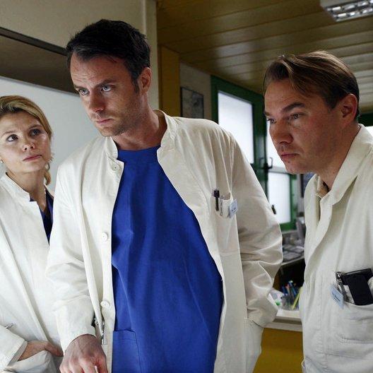 Achtung Arzt! / Achtung Arzt: Rache ist süß (Sat.1) / André Röhner / Annette Frier / Thomas Arnold Poster