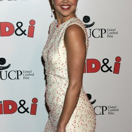 "Arielle Kebbel / Premiere von ""The Kiod & I"" at Mann's Chinese Theater Poster"