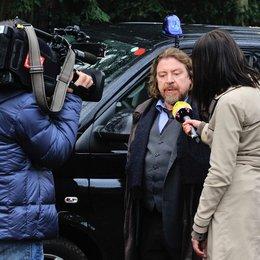 Armin Rohde im Filminterview mit RTL-Moderatorin Nicole Scherbarth Poster