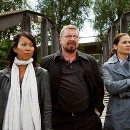 Nachtschicht: Das tote Mädchen (ZDF) / Barbara Auer / Minh-Khai Phan-Thi / Armin Rohde