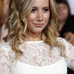 "Ashley Tisdale / Filmpremiere ""The Twilight Saga: Breaking Dawn - Teil 1"" Poster"