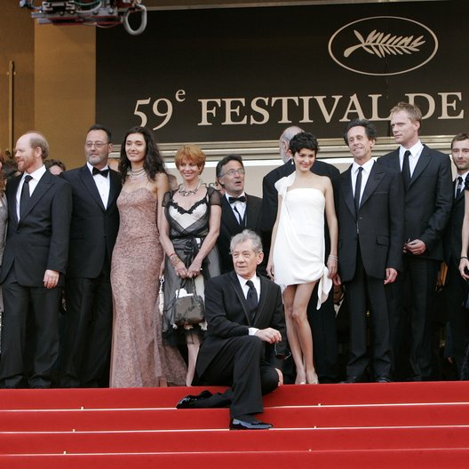 """The Da Vinci Code""-Team / 59. Filmfestival Cannes 2006 / Alfred Molina / Ron Howard / Jean Reno / Ian McKellen / Audrey Tautou / Brian Grazer / Paul Bettany / Rita Wilson / Tom Hanks Poster"