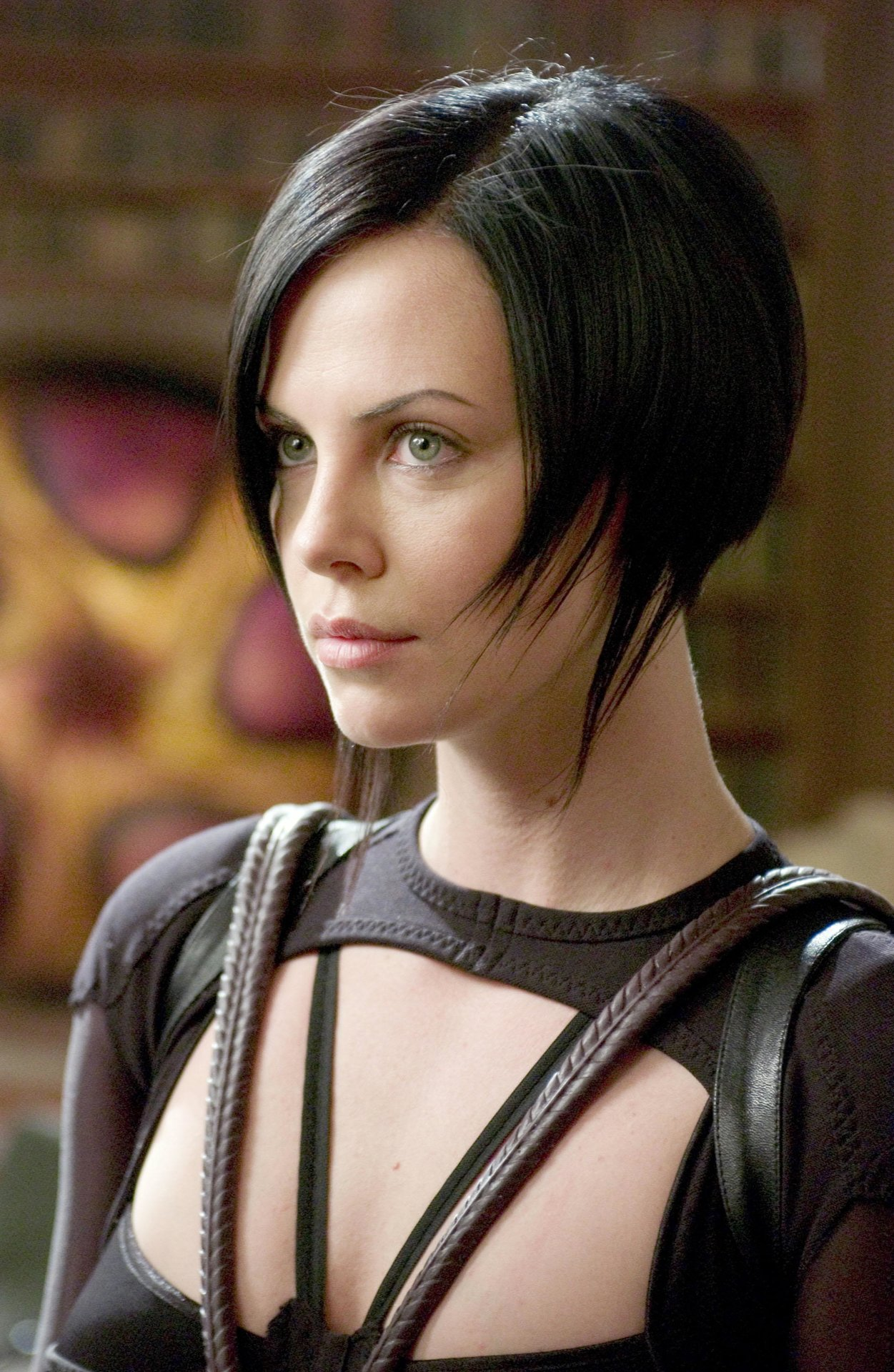 Charlize Theron Aeon Flux Haircut