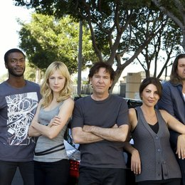 Leverage / Beth Riesgraf / Timothy Hutton / Christian Kane / Aldis Hodge / Gina Bellman Poster