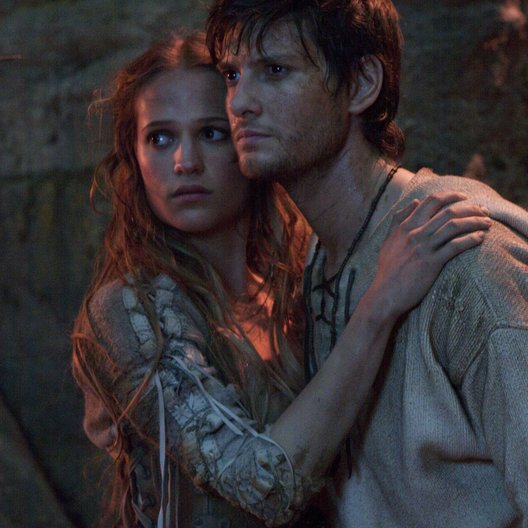 Seventh Son / Alicia Vikander / Ben Barnes Poster