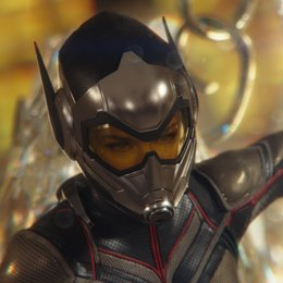 ant-man-and-the-wasp-39 Poster