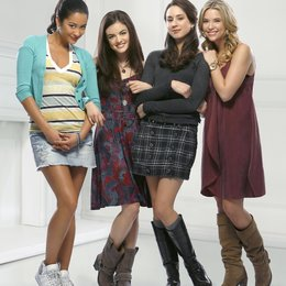 Pretty Little Liars / Pretty Little Liars (01. Staffel, 22 Folgen) / Shay Mitchell Poster