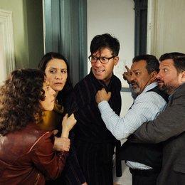 Liebeskuss am Bosporus (ZDF) / Tayfun Bademsoy / Tim Bergmann / Meral Perin / Jasmin Gerat / Aykut Kayacik Poster