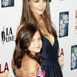 Bailee Madison / Katie Holmes / Filmpremiere 'Don't Be Afraid Of The Dark' Poster