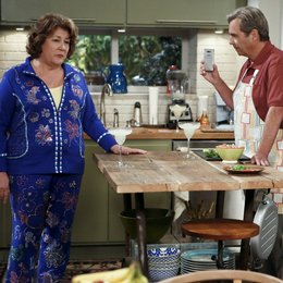 Millers, The / Beau Bridges / Margo Martindale Poster