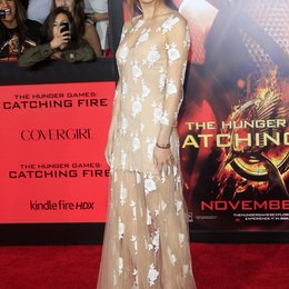 "Bella Thorne / Filmpremiere ""Die Tribute von Panem - Catching Fire"" Poster"