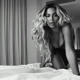 Beyoncé Poster
