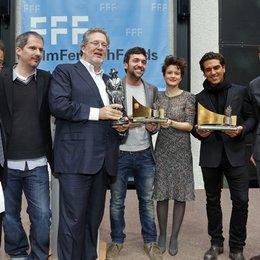 Klaus Schaefer, Christian Becker, Martin Moszkowicz, Bora Dagtekin, Lena Schömann und Elyas M'Barek, Thomas Schultze (v.l.) Poster