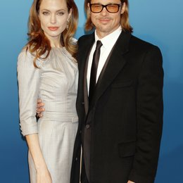 Jolie, Angelina / Pitt, Brad / Cinema for Peace Gala, Berlin 2012 Poster