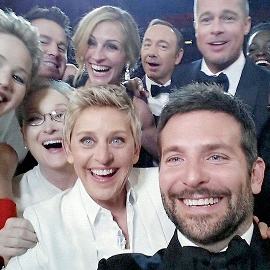 Twitter-Rekord bei 86. Oscarverleihung / Jennifer Lawrence, Meryl Streep, Ellen DeGeneres, Julia Roberts, Kevin Spacey, Brad Pitt, Bradley Cooper, Angelina Jolie Poster