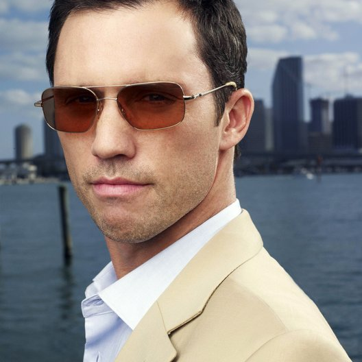 Burn Notice (2. Staffel) / Jeffrey Donovan Poster