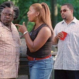 Barbershop 2 / Cedric the Entertainer / Queen Latifah / Ice Cube Poster