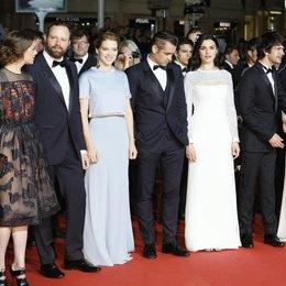 Papoulia, Aggeliki / Labed, Ariane / Lanthimos, Yorgos / Seydoux, Léa / Farrell, Colin / Weisz, Rachel / Whishaw, Ben / Barden, Jessica / 68. Internationale Filmfestspiele von Cannes 2015 / Festival de Cannes Poster