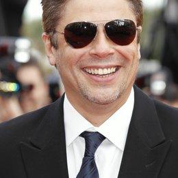 Benicio Del Toro / 63. Filmfestspiele Cannes 2010 Poster